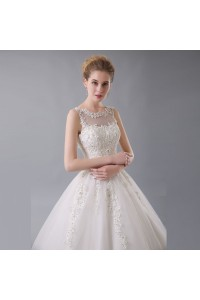 Stunning Ball Gown Boat Neck Corset Crystal Beaded Appliques Ivory Tulle Wedding Dress