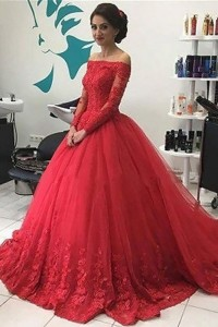 Elegant Ball Gown Prom Quinceanera Dress Off The Shoulder Long Sleeves Red Lace Tulle