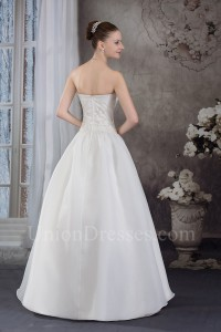 Stunning A Line Sweetheart Crystal Beaded White Taffeta Wedding Dress No Train