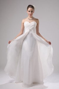 Simple Chic Sweetheart Layered Organza Wedding Dress With Brooch No Train