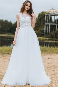 A Line Bateau Neckline Lace Tulle Bohemian Wedding Dress