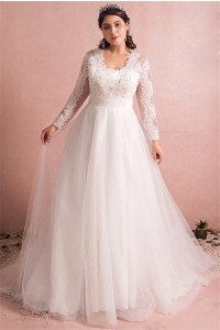 A Line Long Sleeve Tulle Lace Plus Size Wedding Dress With Buttons