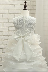 Ball Gown Pearl Neckline Organa Ruffle Tiered Lace Flower Girl Dress With Bow