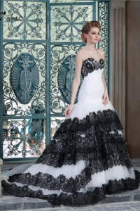 Ball Gown Sweetheart Drop Waist White Tulle Black Lace Tiered Wedding Dress