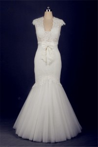 Mermaid Square Neck Cap Sleeve Tulle Lace Wedding Dress With Pearls Buttons Bow