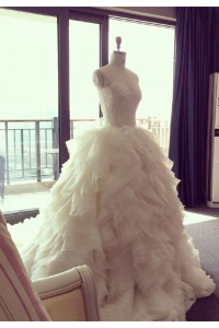 Royal Ball Gown Lace Tulle Ruffle Layered Wedding Dress With Cathedral Train