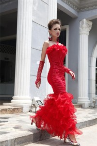 Stuning Mermaid Strapless Red Organza Ruffle Feather Evening Prom Dress
