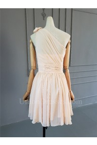 Classic A Line One Shoulder Short Peach Chiffon Ruched Bridesmaid Dress With Flower