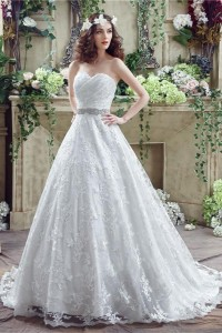 Fairy Tale Ball Gown Sweetheart Lace Corset Wedding Dress With Crystals Sash