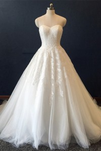New Arrival Ball Gown Sweetheart Corset Appliques White Tulle Wedding Dress