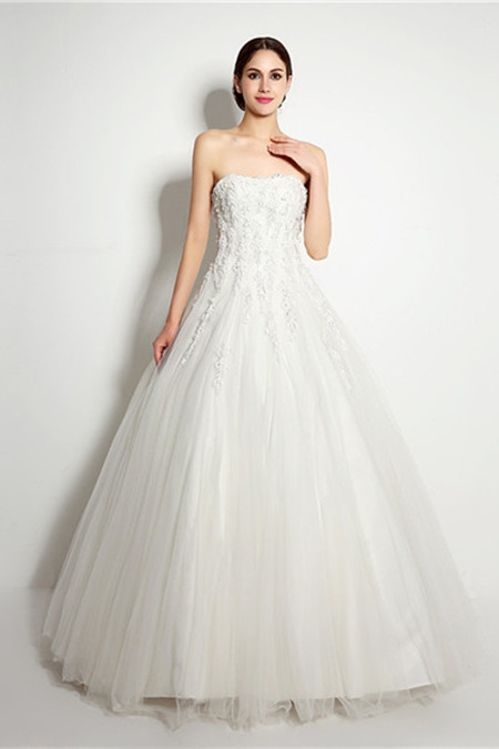 Strapless slight curve wedding dress